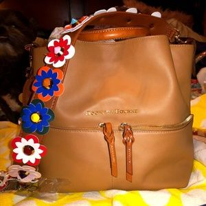 Dooney & Bourke City Dawson Desert & strap